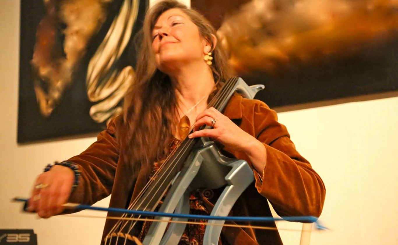 Review 15/03/19  House Concert solo cello program 'Bach & music from Out of the Blue'